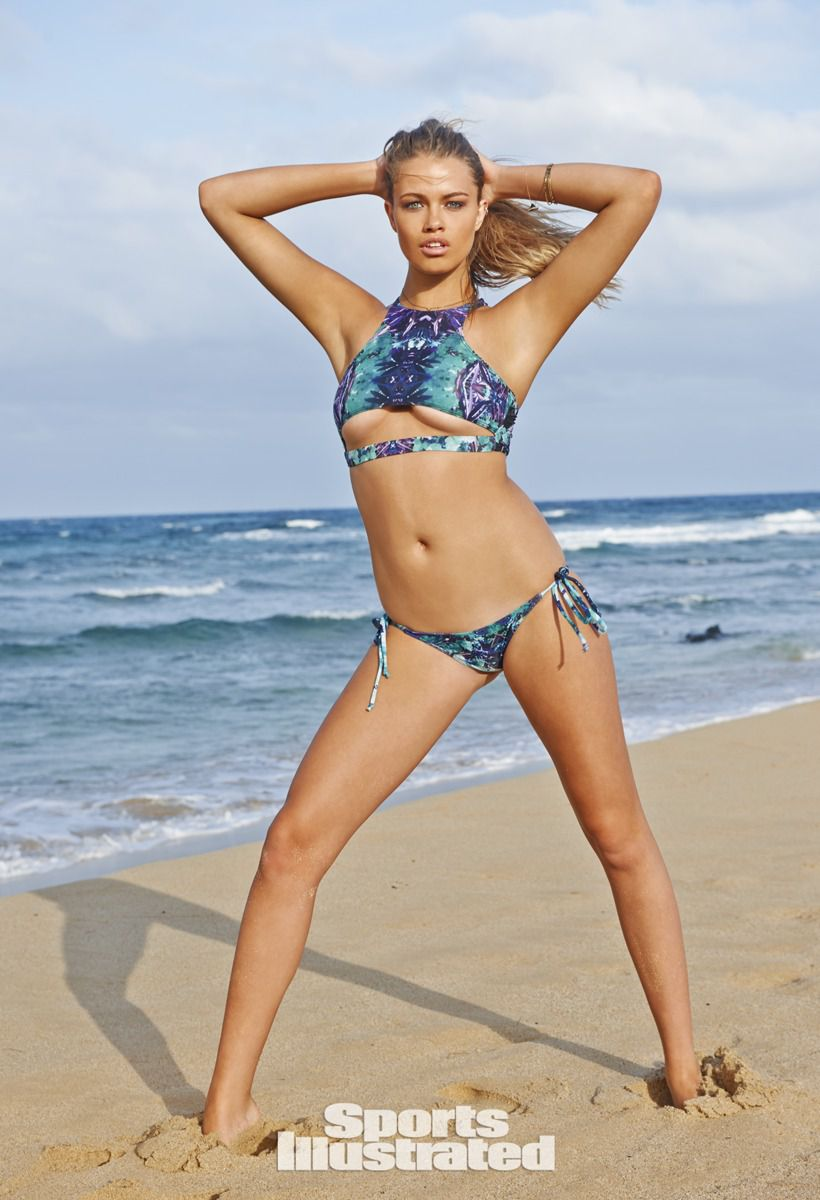 ... 2015 820 × 1200 Hailey Clauson – Sports Illustrated Swimsuit Issue