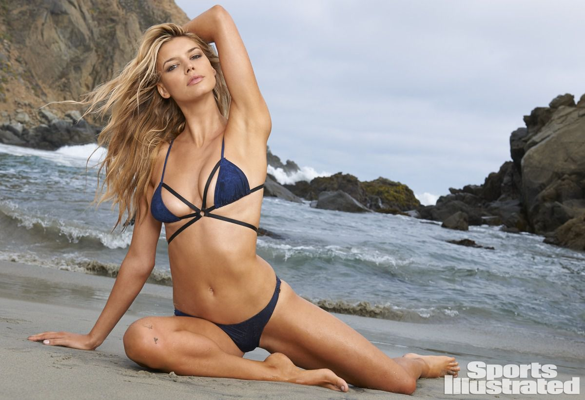 ... 2015 1200 × 820 Kelly Rohrbach – Sports Illustrated Swimsuit Issue