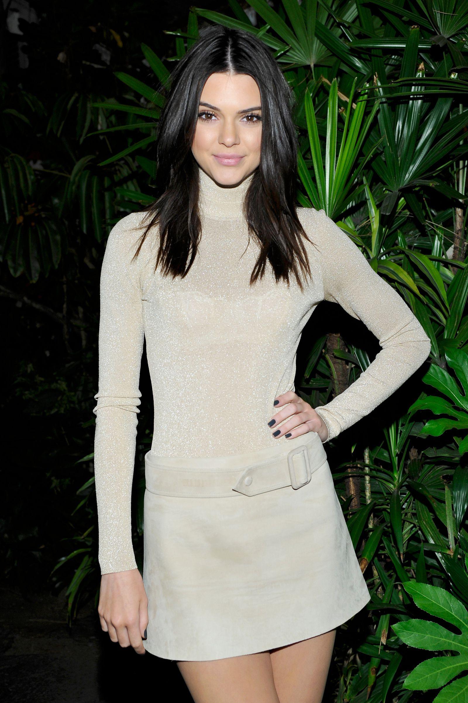 Kendall Jenner (14)