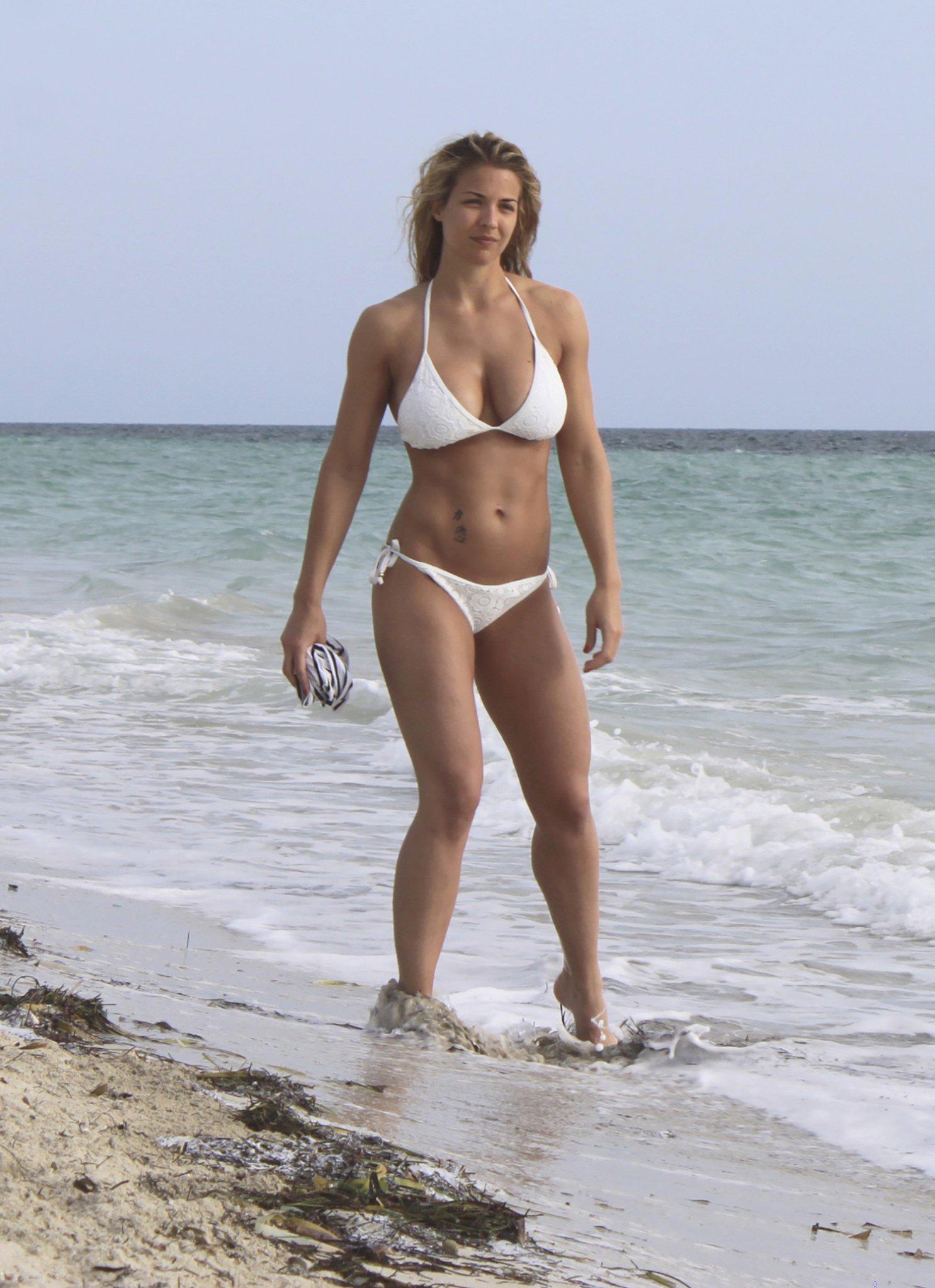 Gemma Atkinson amp Roxanne Pallett Sexy 29 Photos