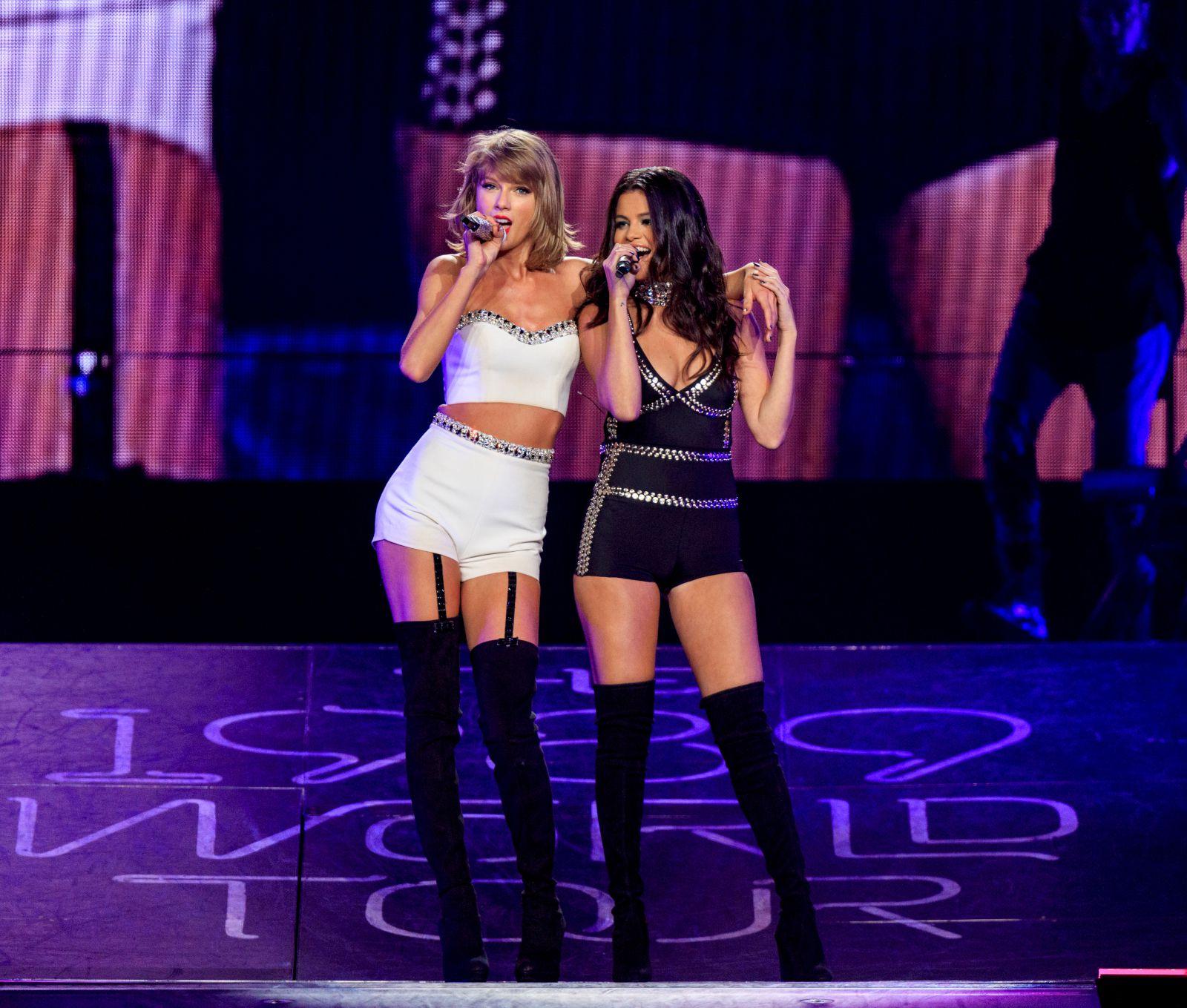 Selena Gomez House Tour: Taylor Swift Selena Gomez (3)