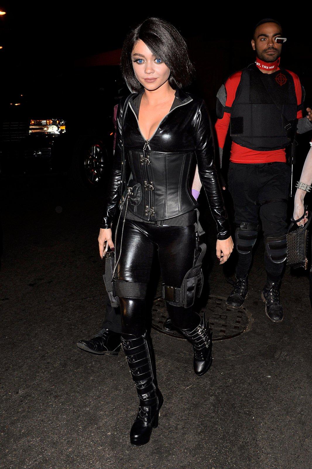 Sarah Hyland Hot Halloween Sarah Hyland (2) | Hot...