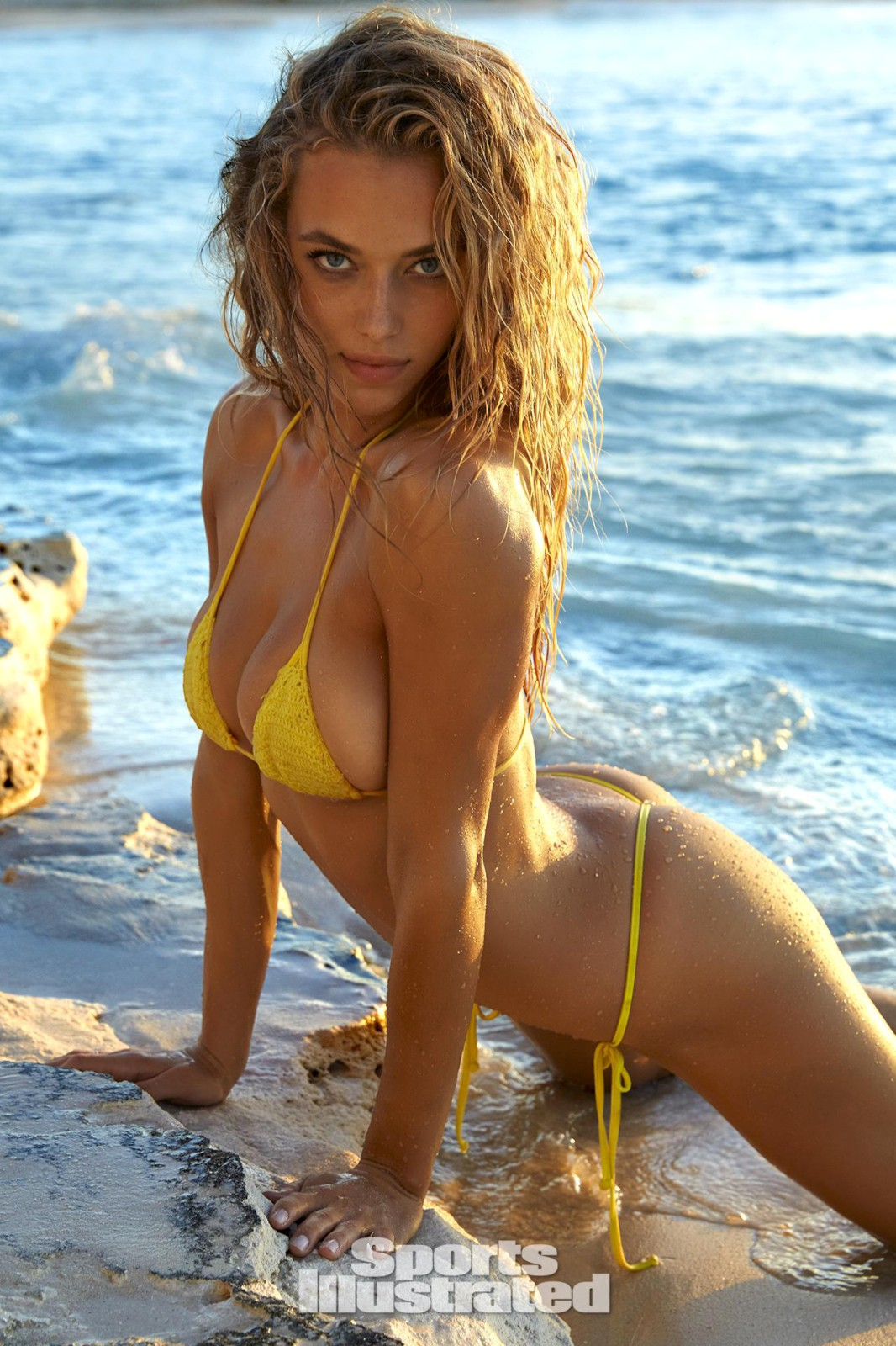 ... × 1600 Hannah Ferguson – Sports Illustrated Swimsuit Issue 2016