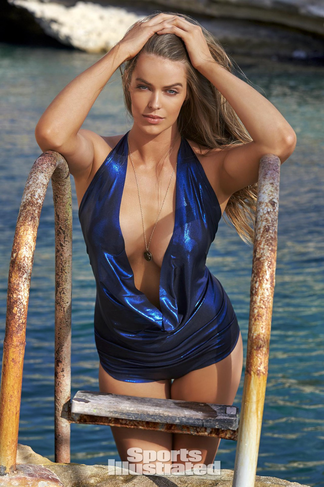 ... 1066 × 1600 Robyn Lawley – Sports Illustrated Swimsuit Issue 2016