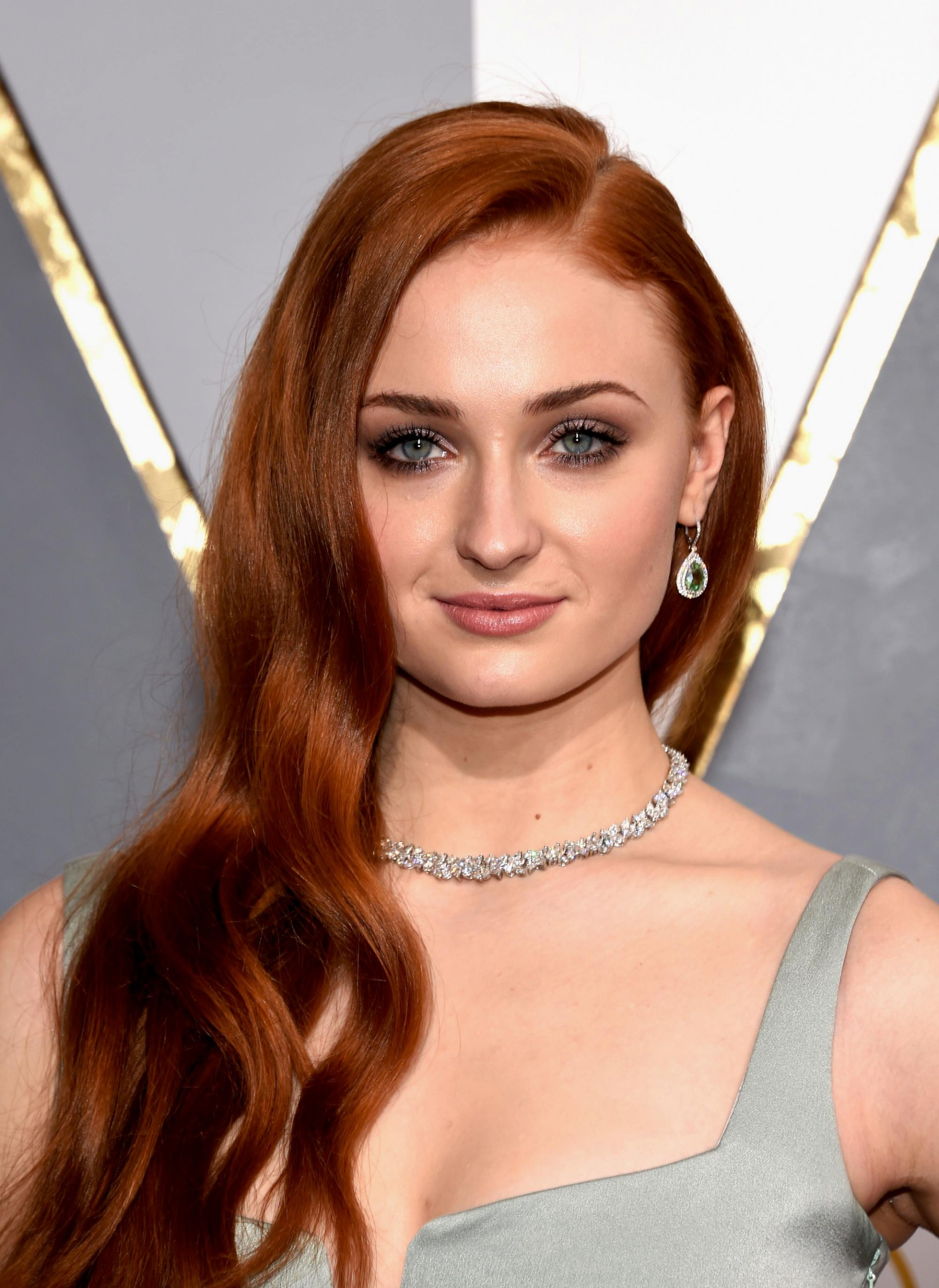 Sophie Turner 5 on oscar party cookies