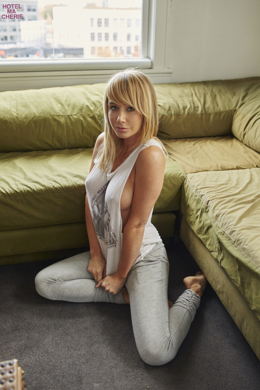 Sara Underwood (42)   Hot Celebs Home