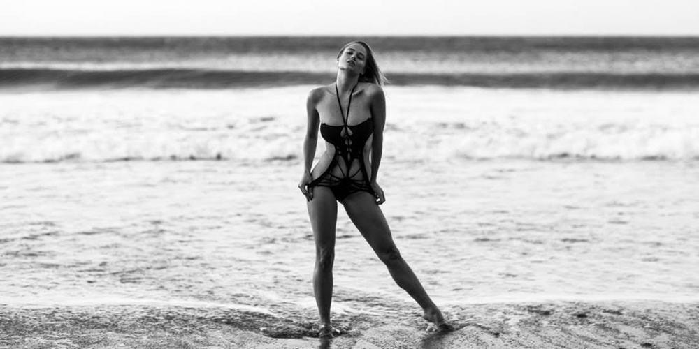 Porn beach mastubate
