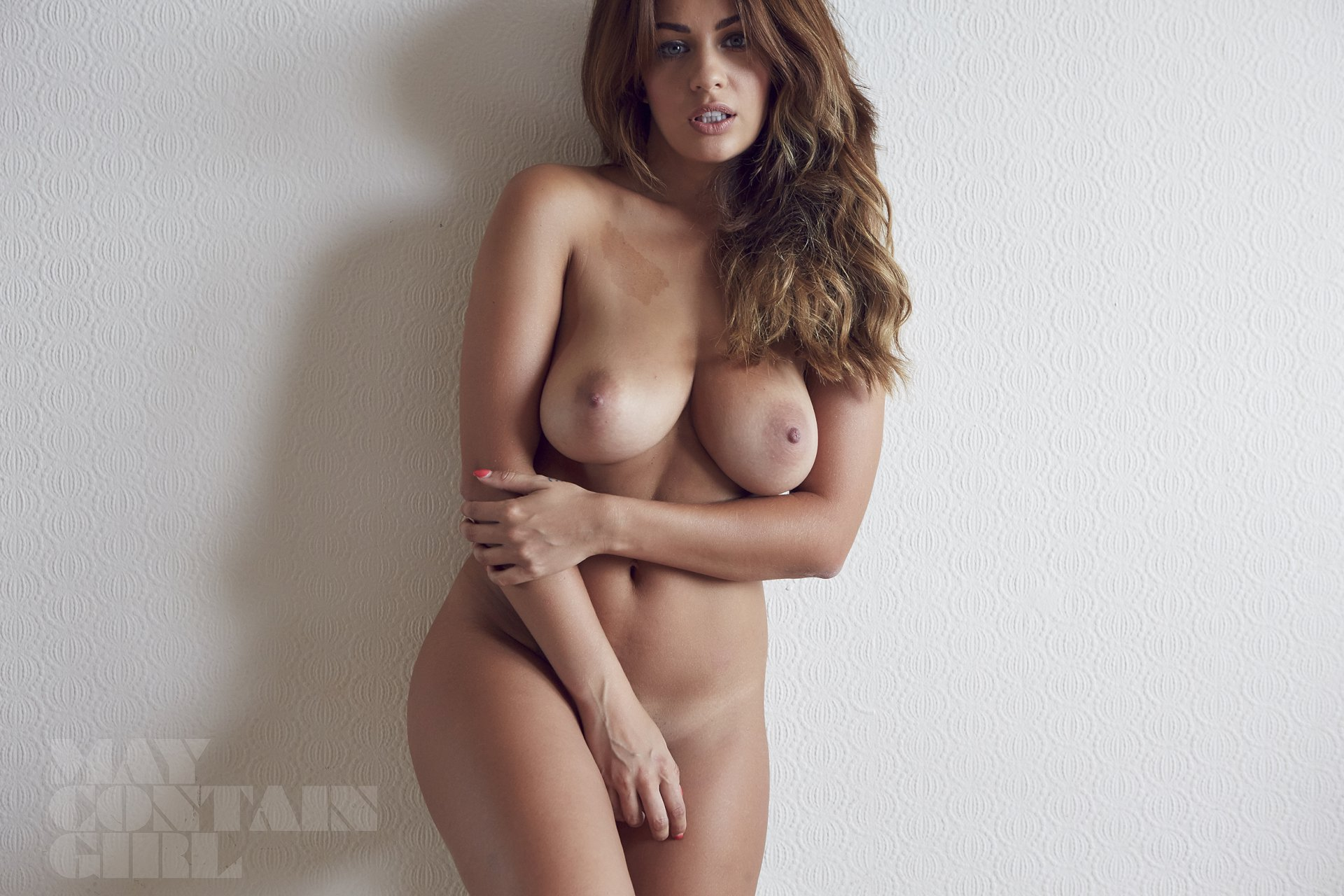 holly peers (12) | hot celebs home