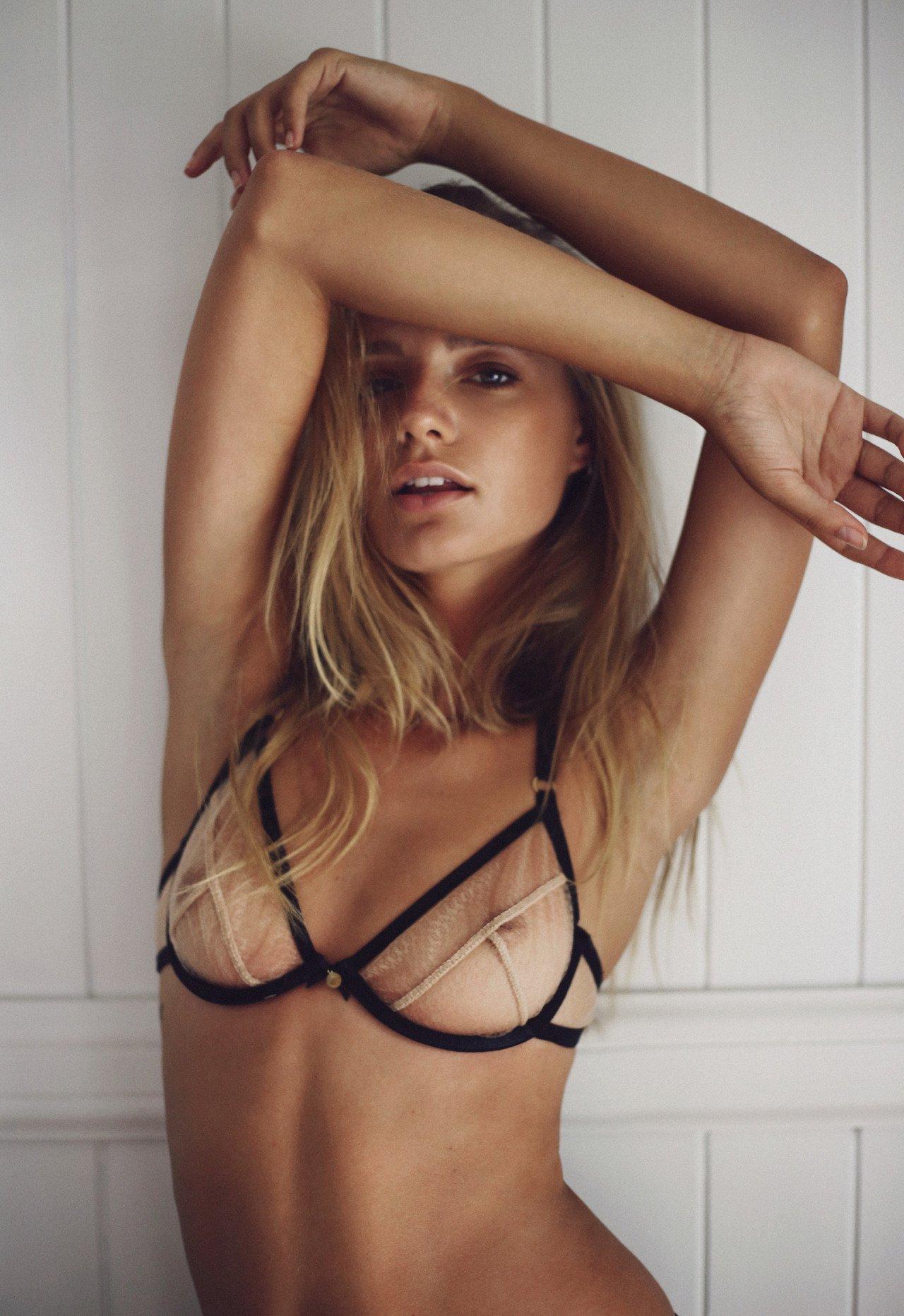 amanda seyfried naked leaked photos