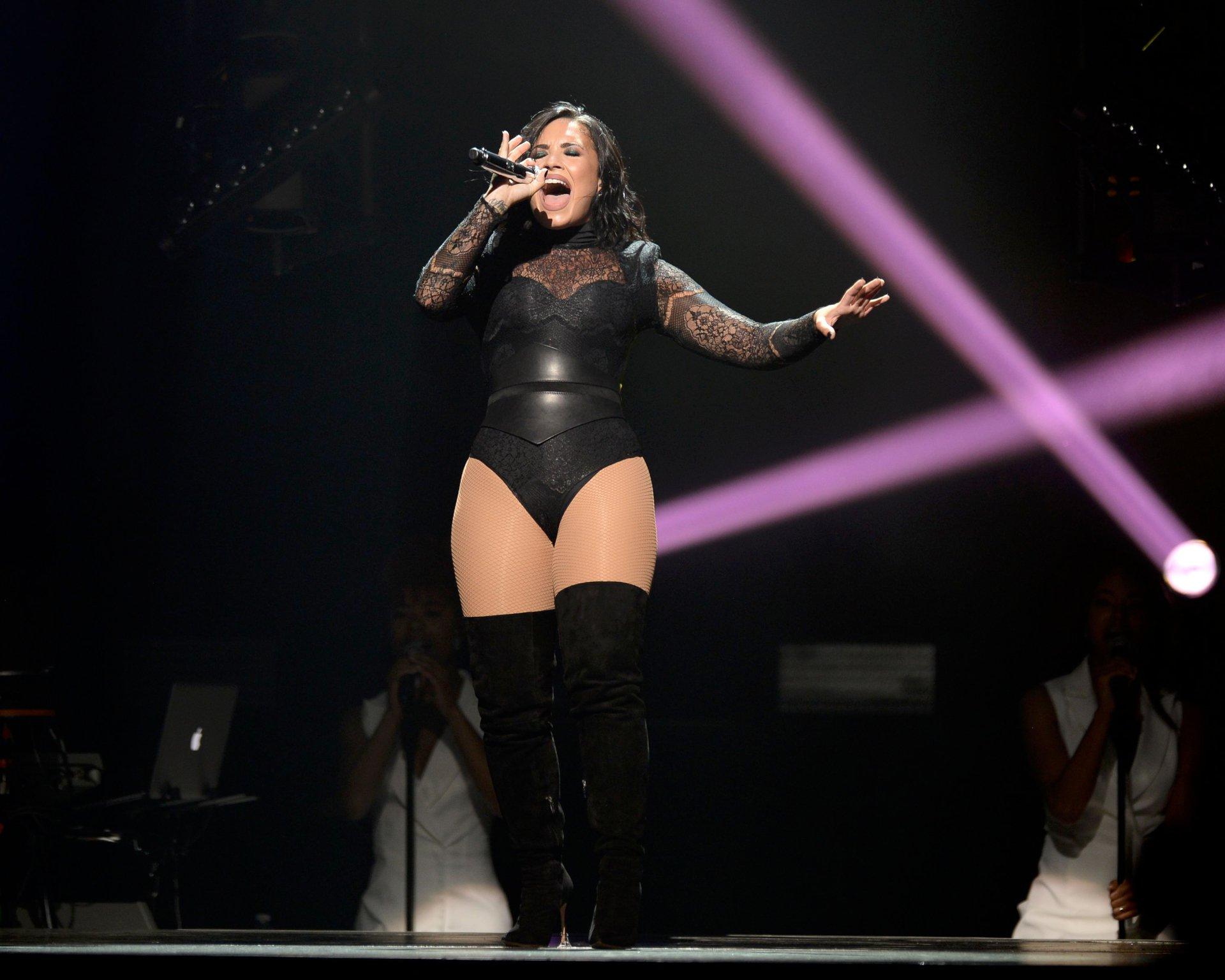 Demi Lovato 15 Hot Celebs Home