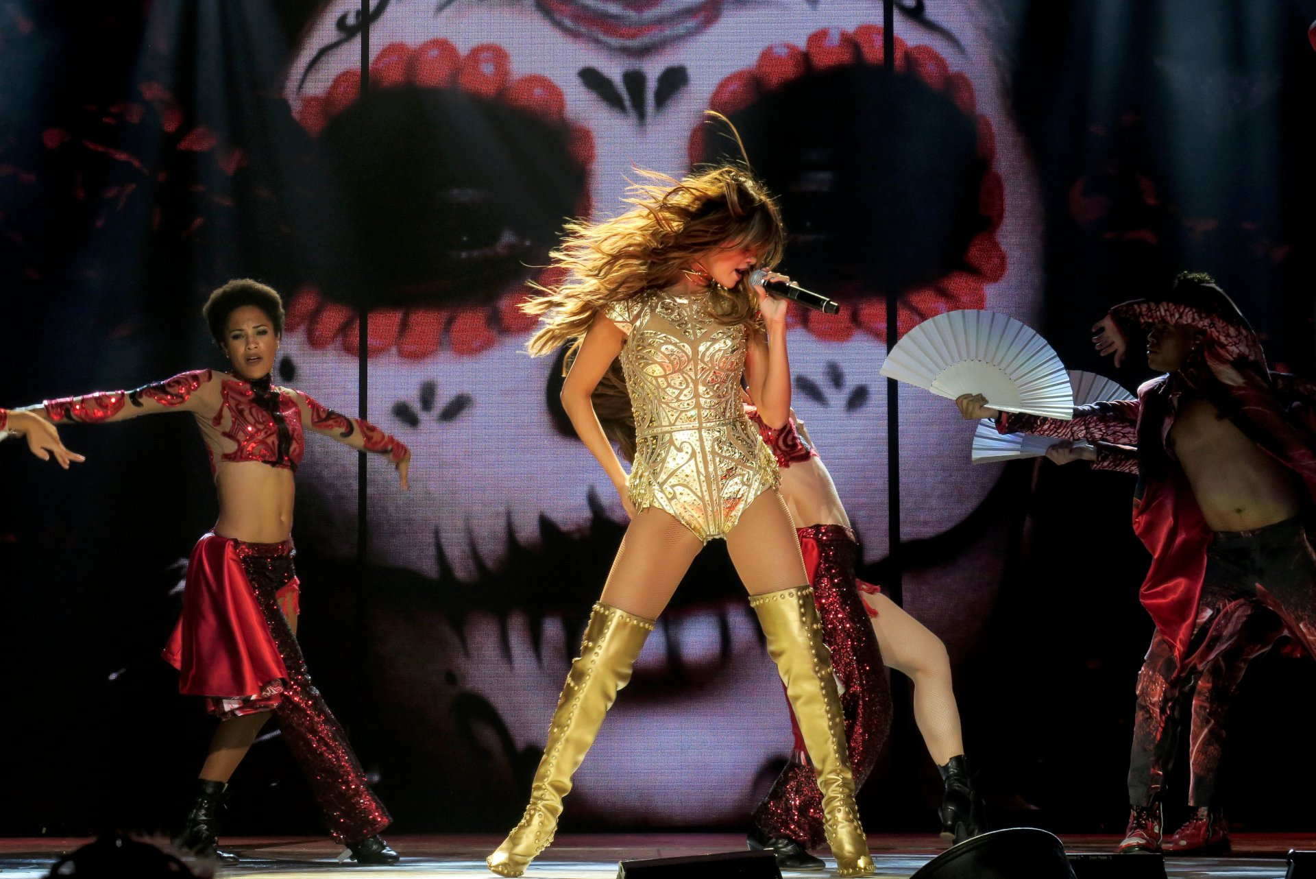 "July 10, 2016 1920 × 1282 Selena Gomez – ""Revival Tour"" at ..."