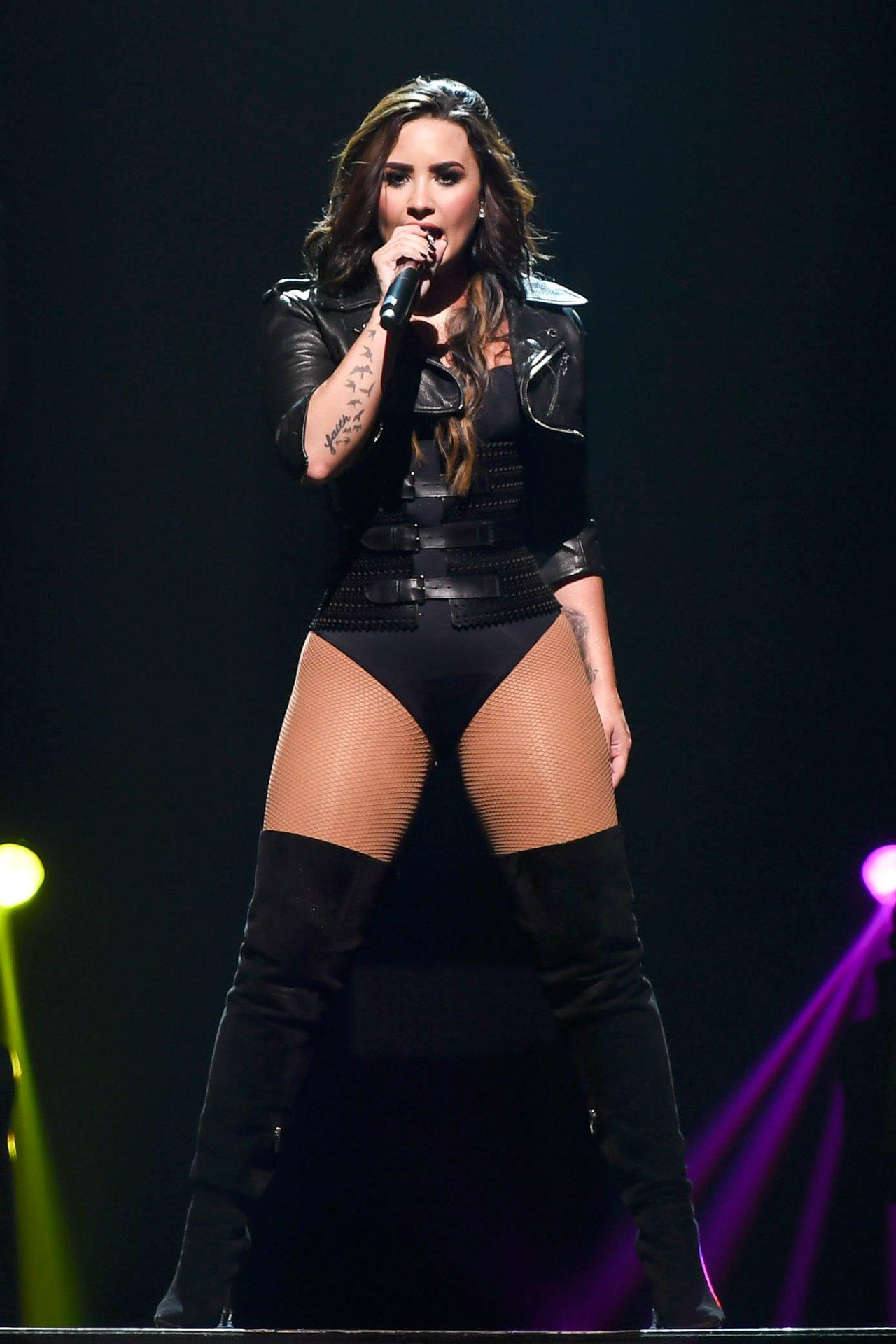 Demi Lovato Love