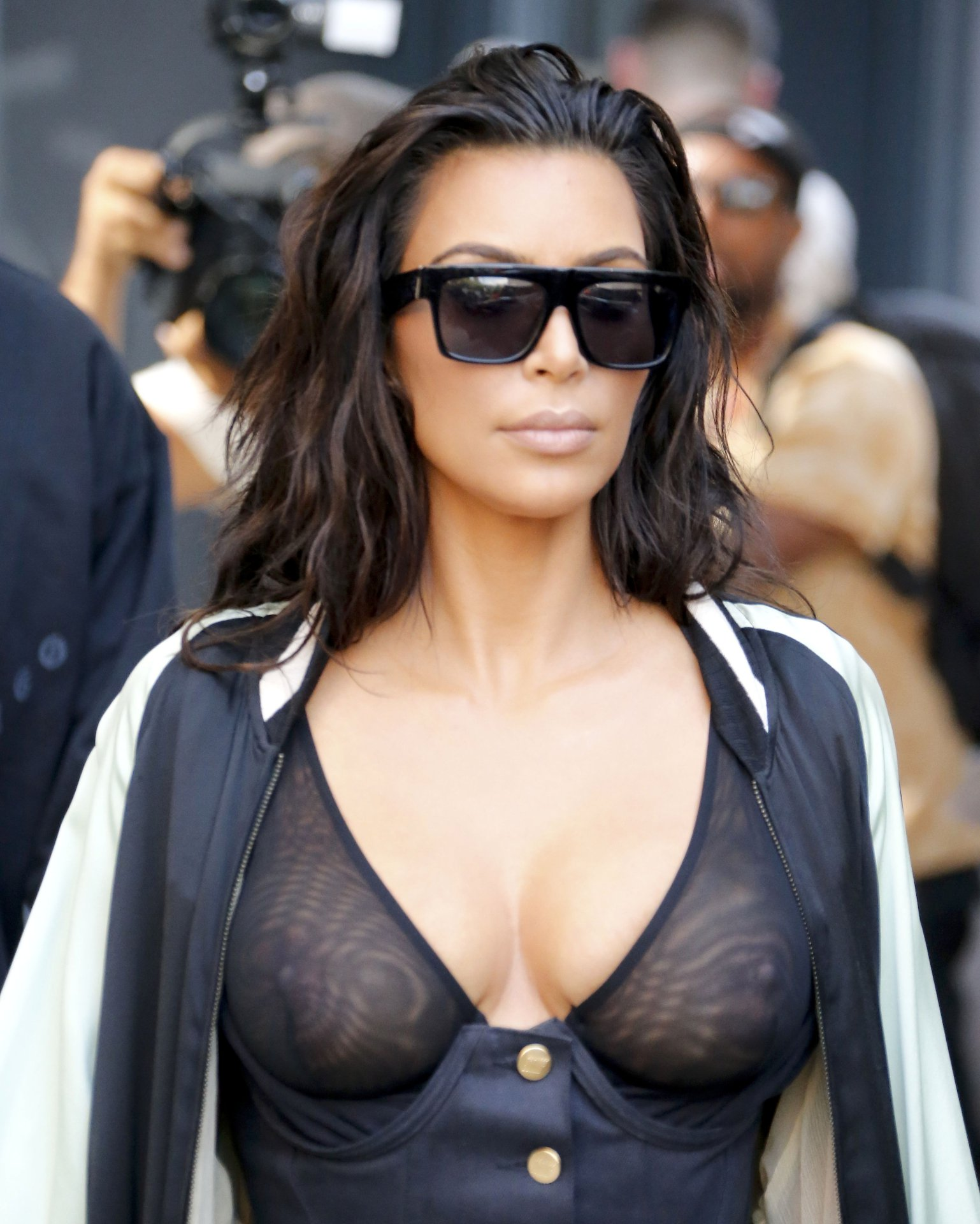 Kim Kardashian Just Proved That Your Perfect Nude Lip Color Matches Your Nipples