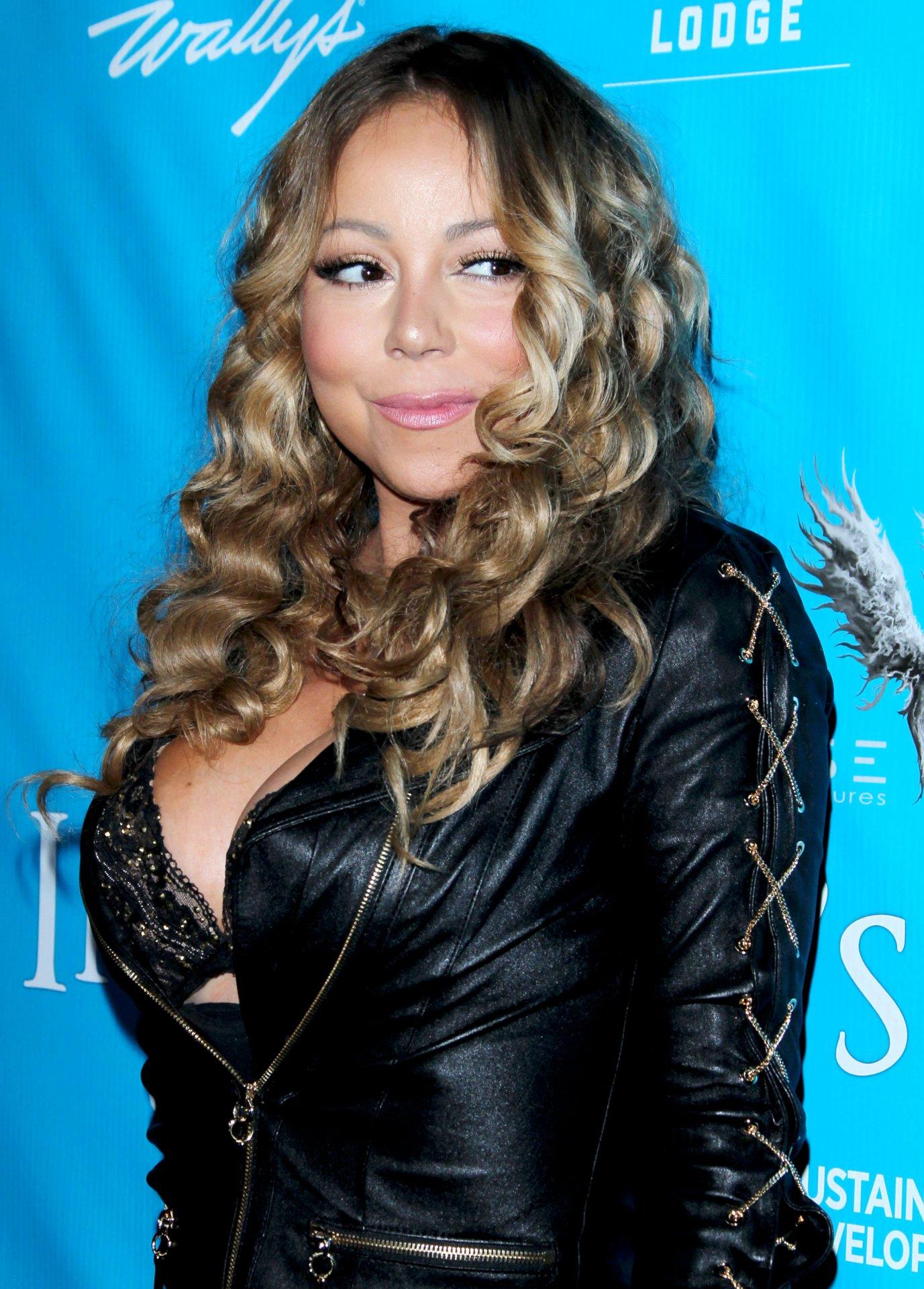 Mariah Carey (3) | Hot Celebs Home Mariah Carey