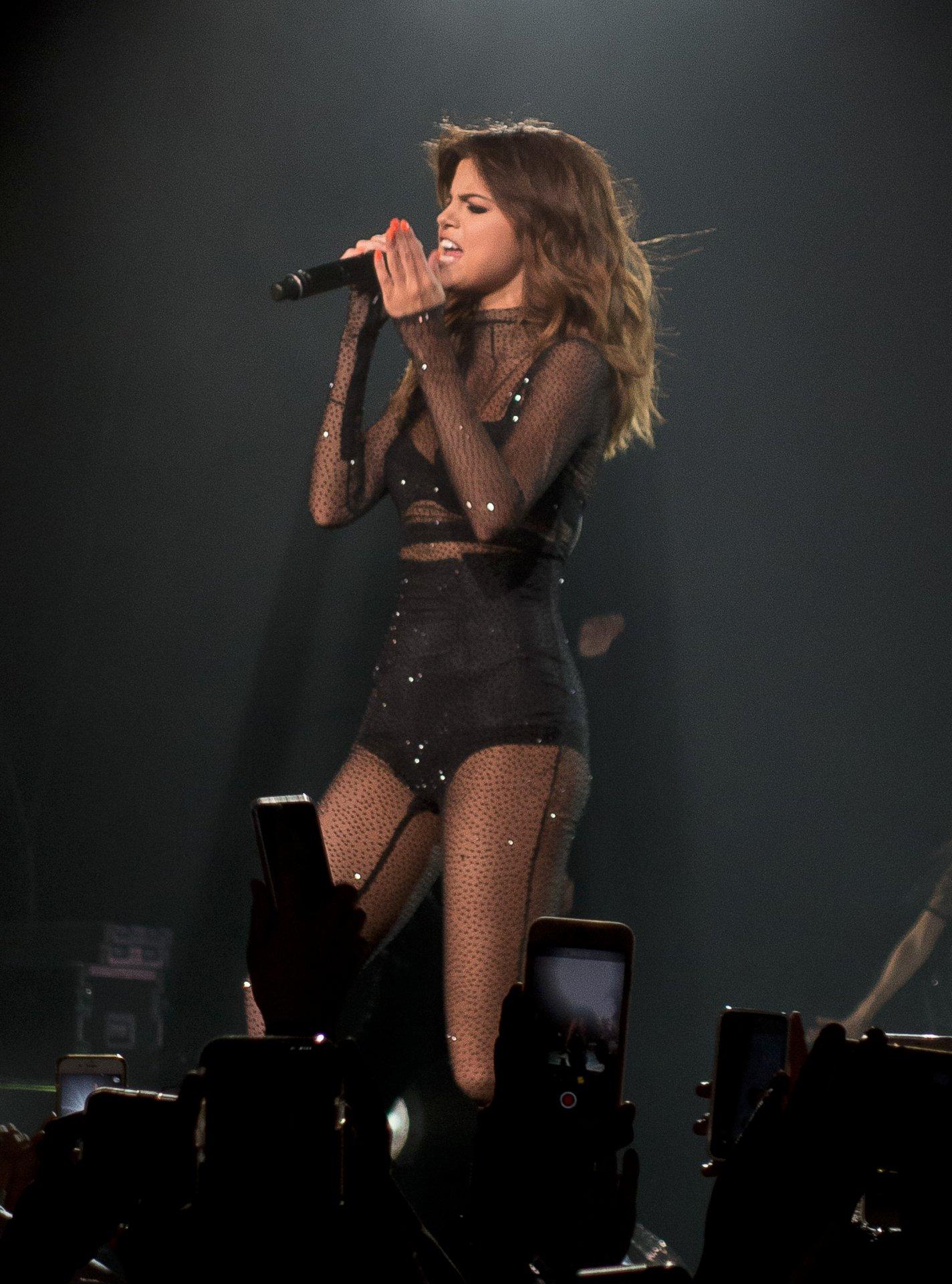 Miley Cyrus Leaked Tour Photos