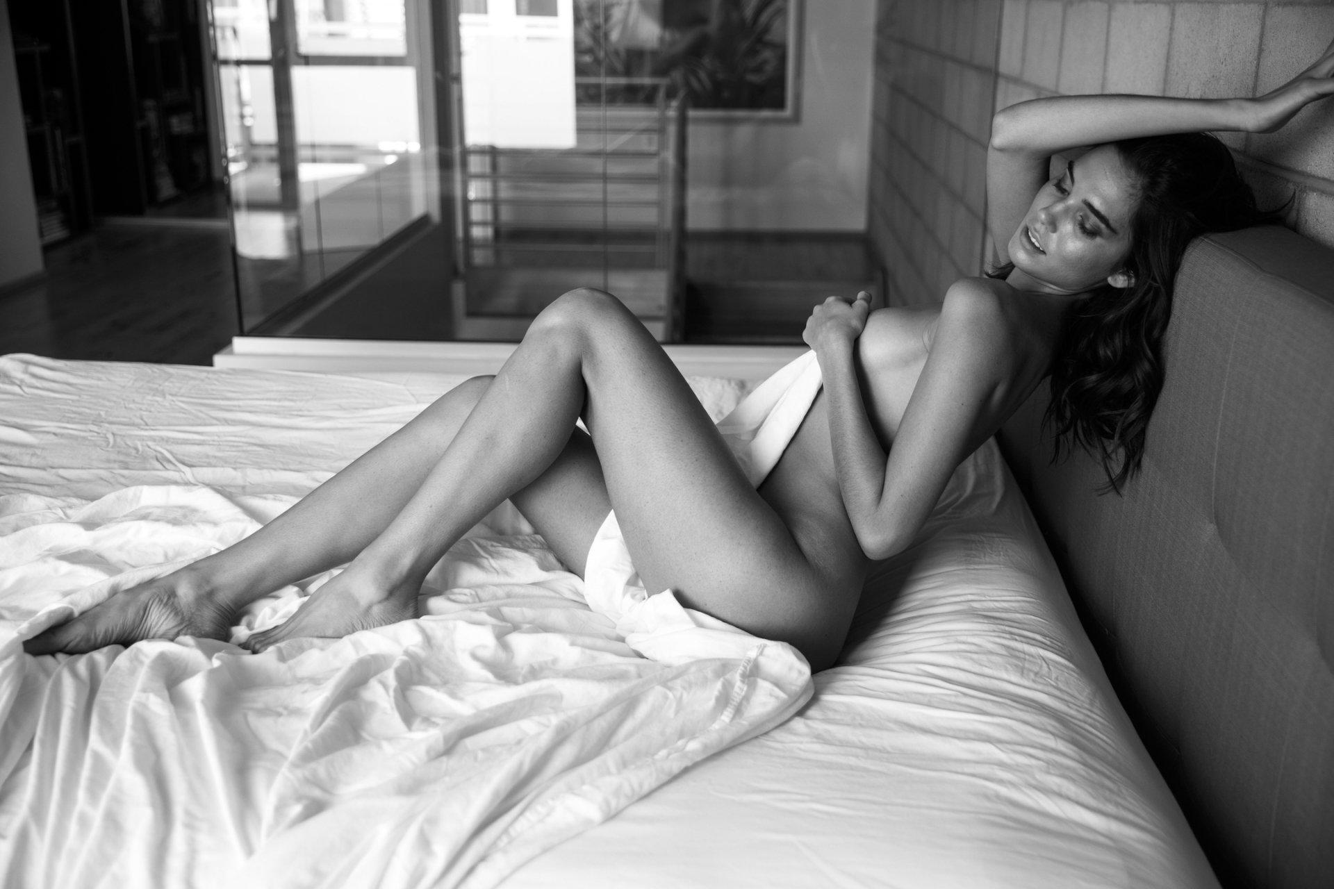 Kristina makarova sexy body in hot full frontal naked photoshoot