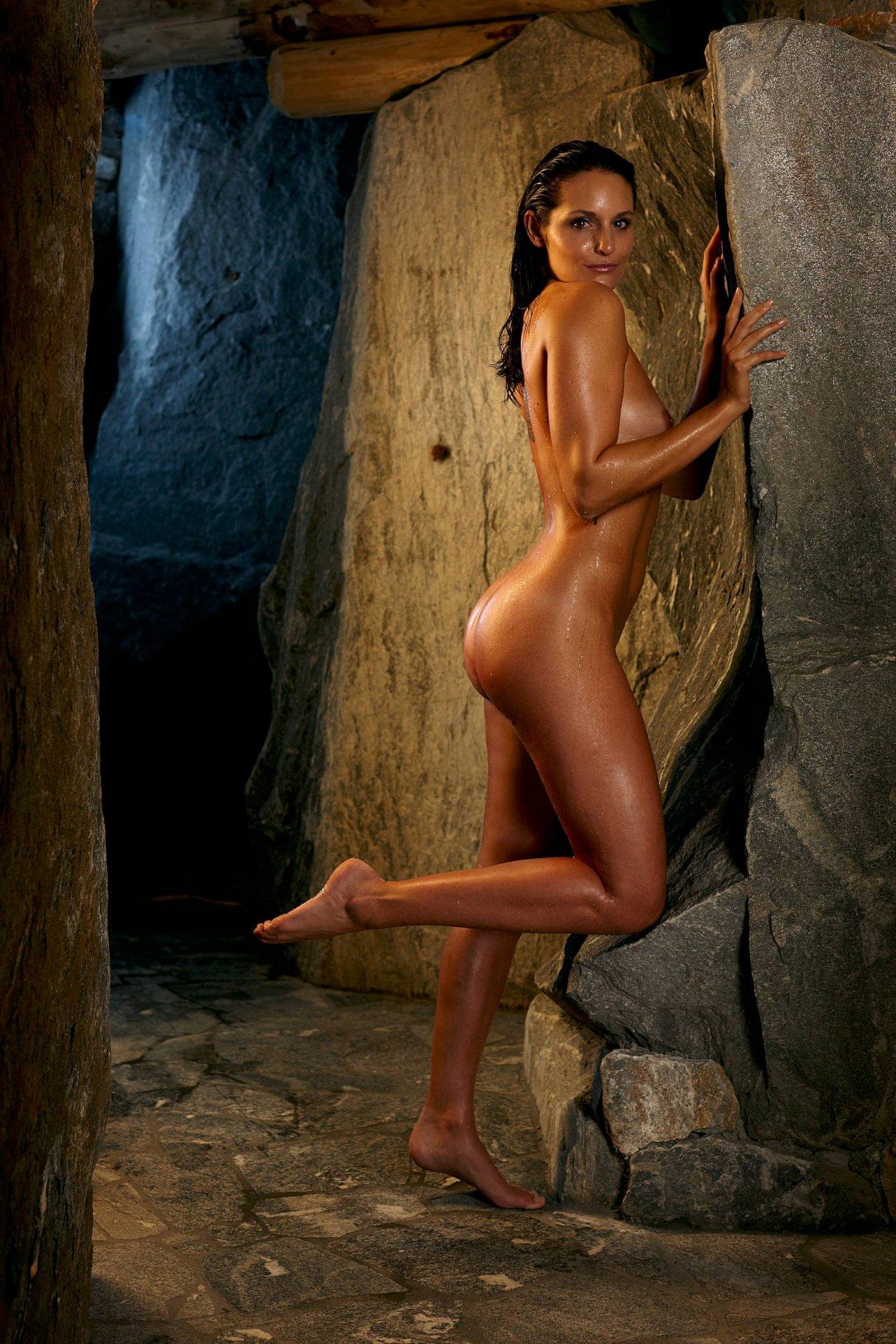 Miley cyrus nude com