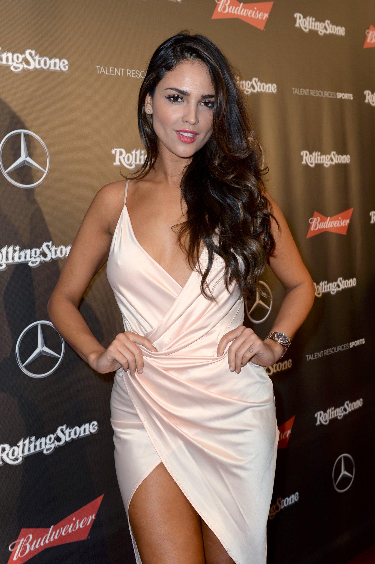 Eiza Gonzalez (7) | Hot Celebs Home Amanda Seyfried