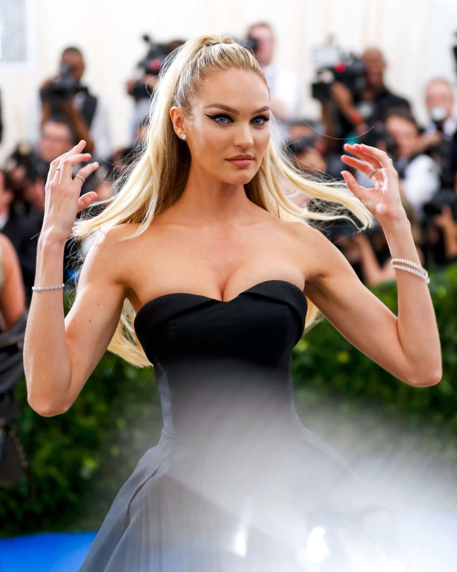 Candice Swanepoel (11) | Hot Celebs Home