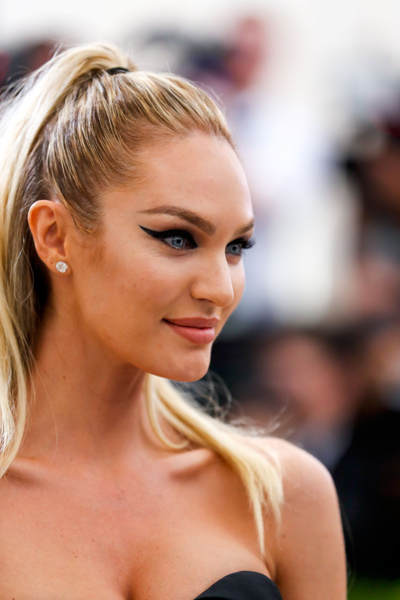Candice Swanepoel (20) | Hot Celebs Home
