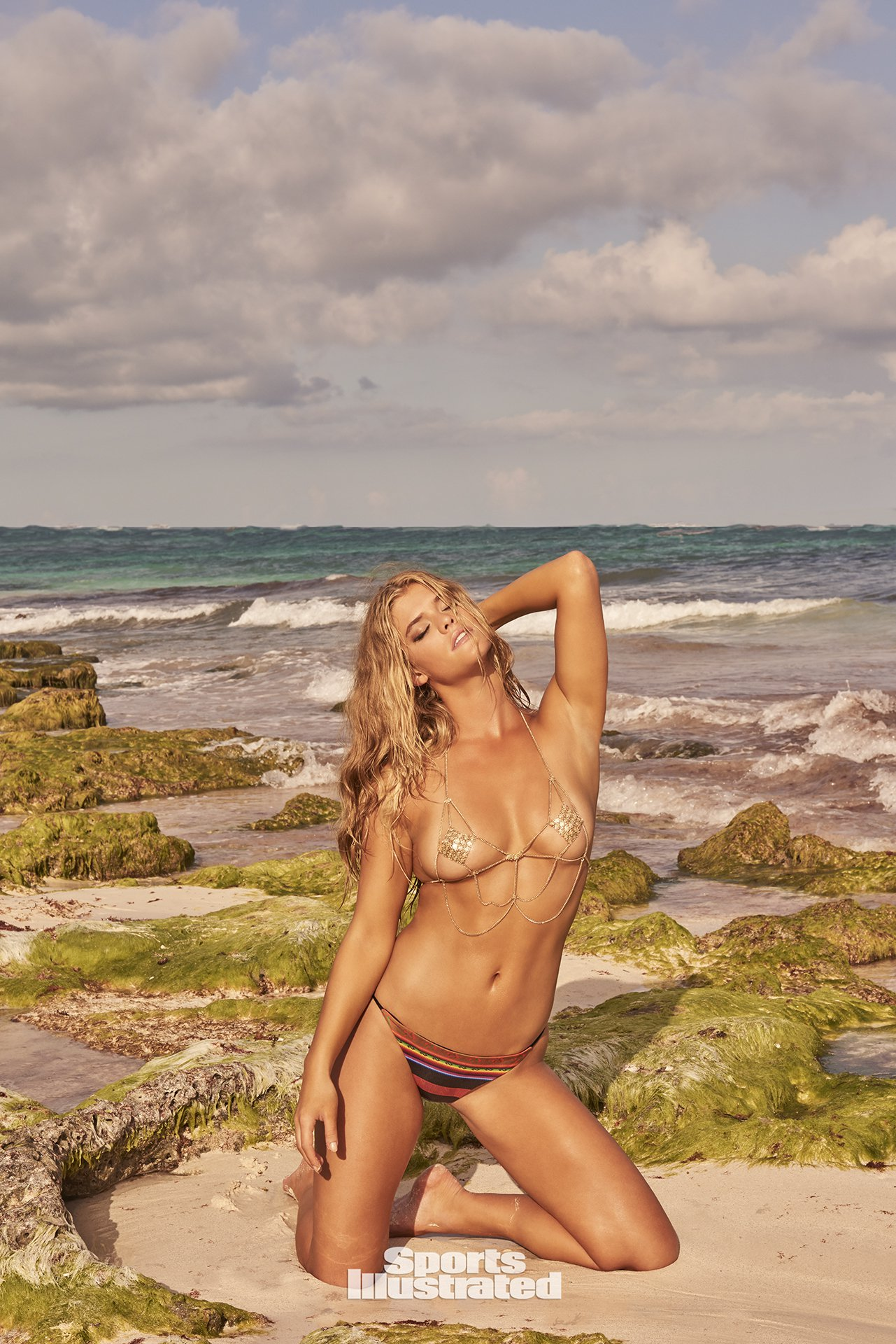 ... Nina Agdal – Sports Illustrated Swimsuit 2017 Photoshoot Outtakes