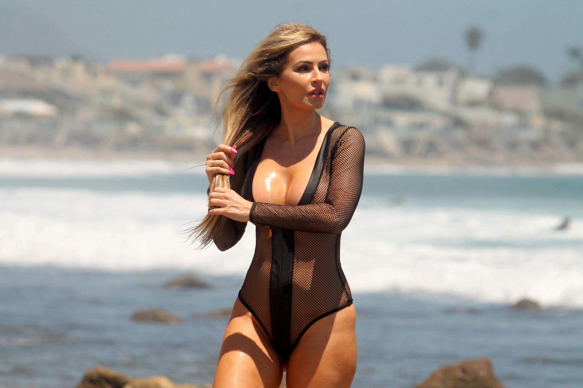 Hayden Panettiere Nude Sexy