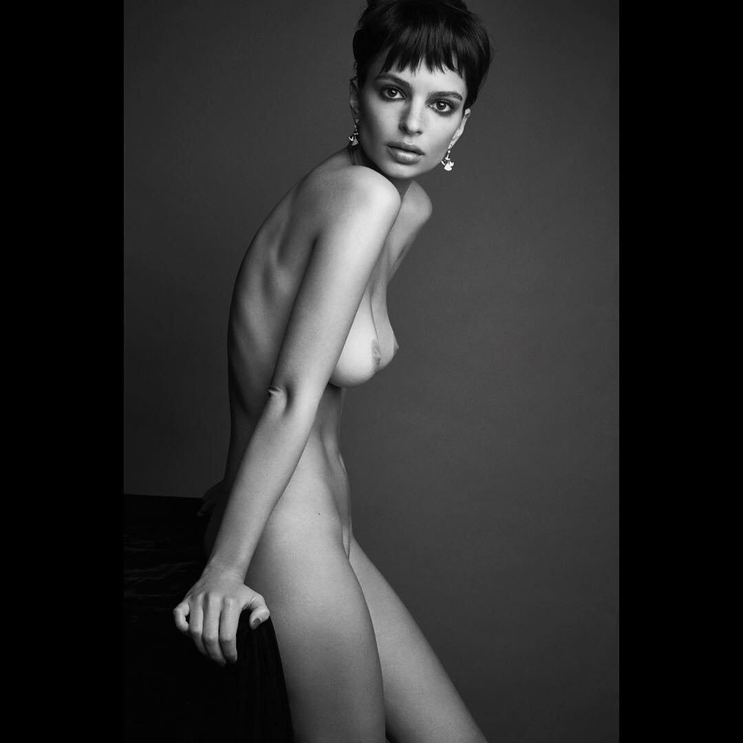 amanda seyfried topless
