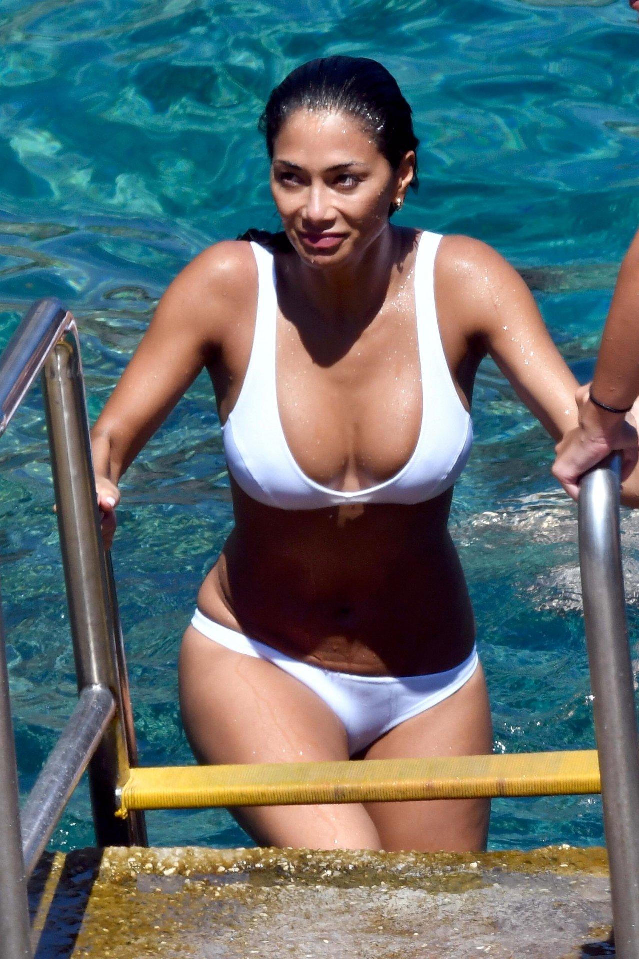 Nicole Scherzinger Bikini | Hot Celebs Home Nicole Scherzinger Instagram
