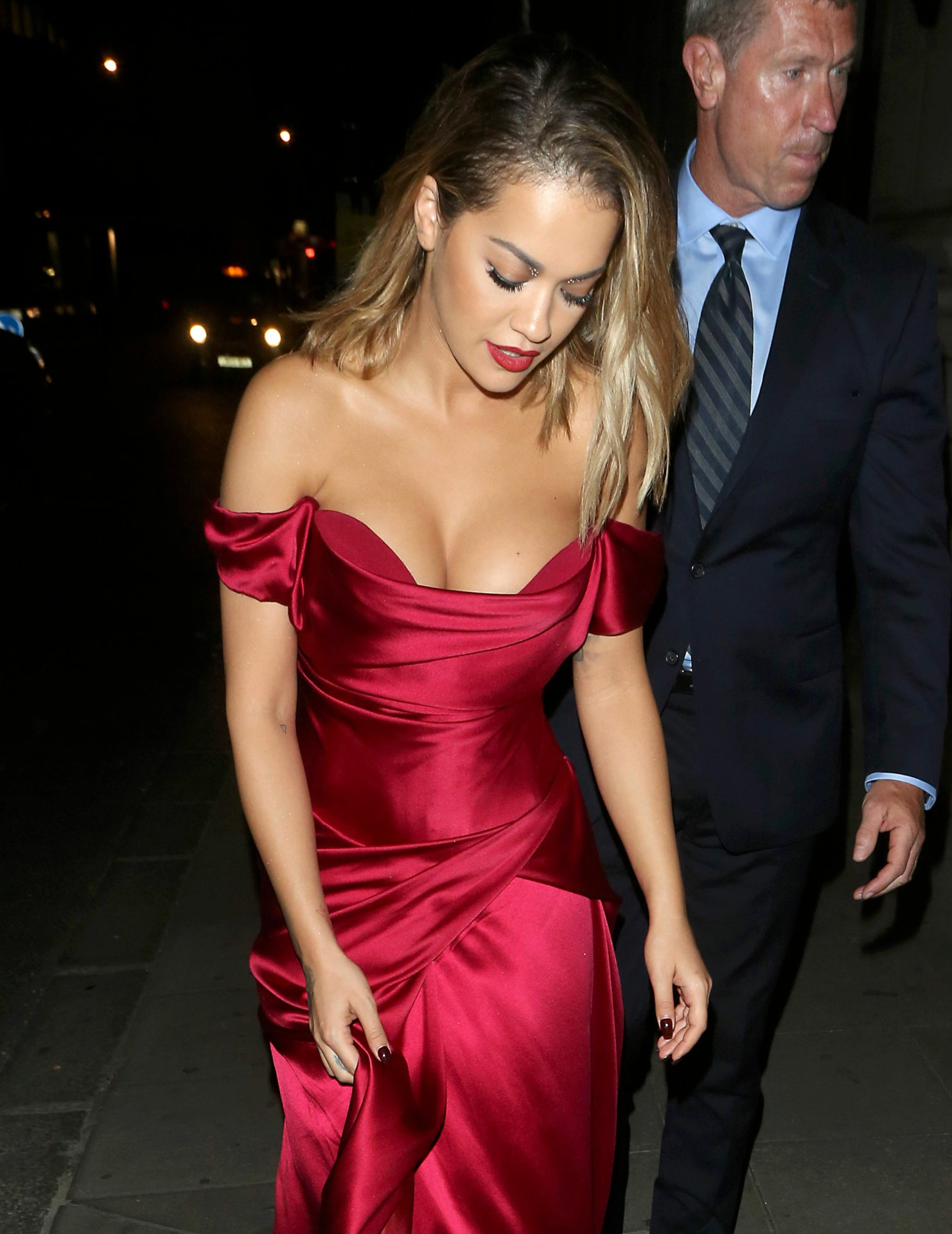 Rita Ora Cleavage Nude Photos 81