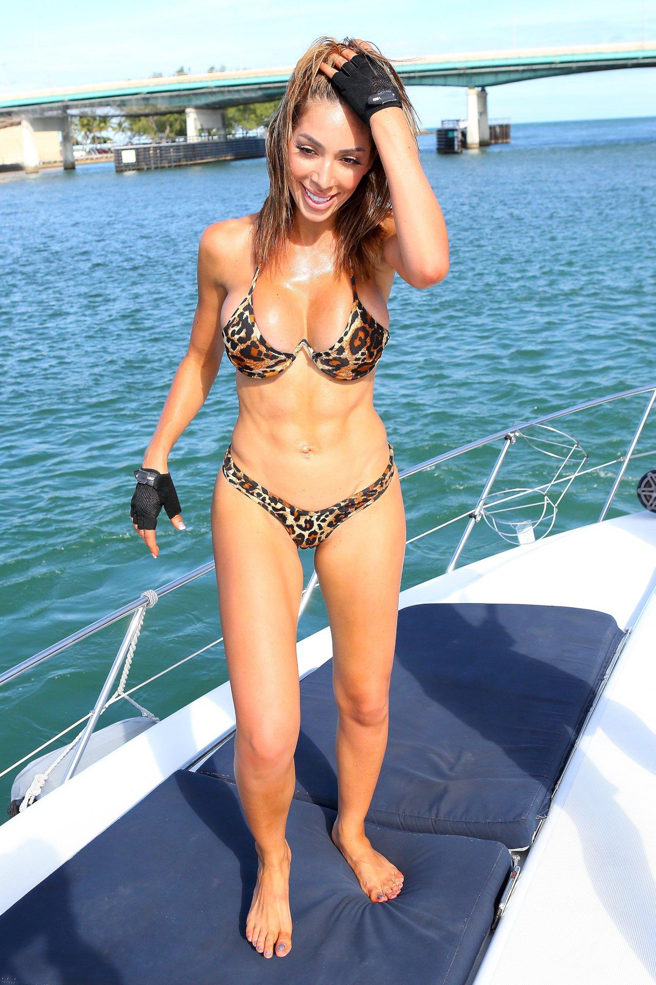 Emma watson nude celeb pics,REDDIT Adriana Sephora Erotic gallery Rachael gouvignon 6785,Justin Bieber Sexy Shirtless Pic