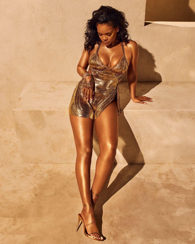 Rihanna sexy photoshoot