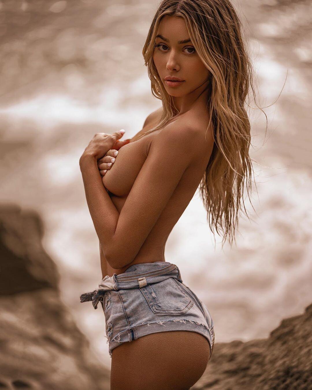 Naked Models Porn Category