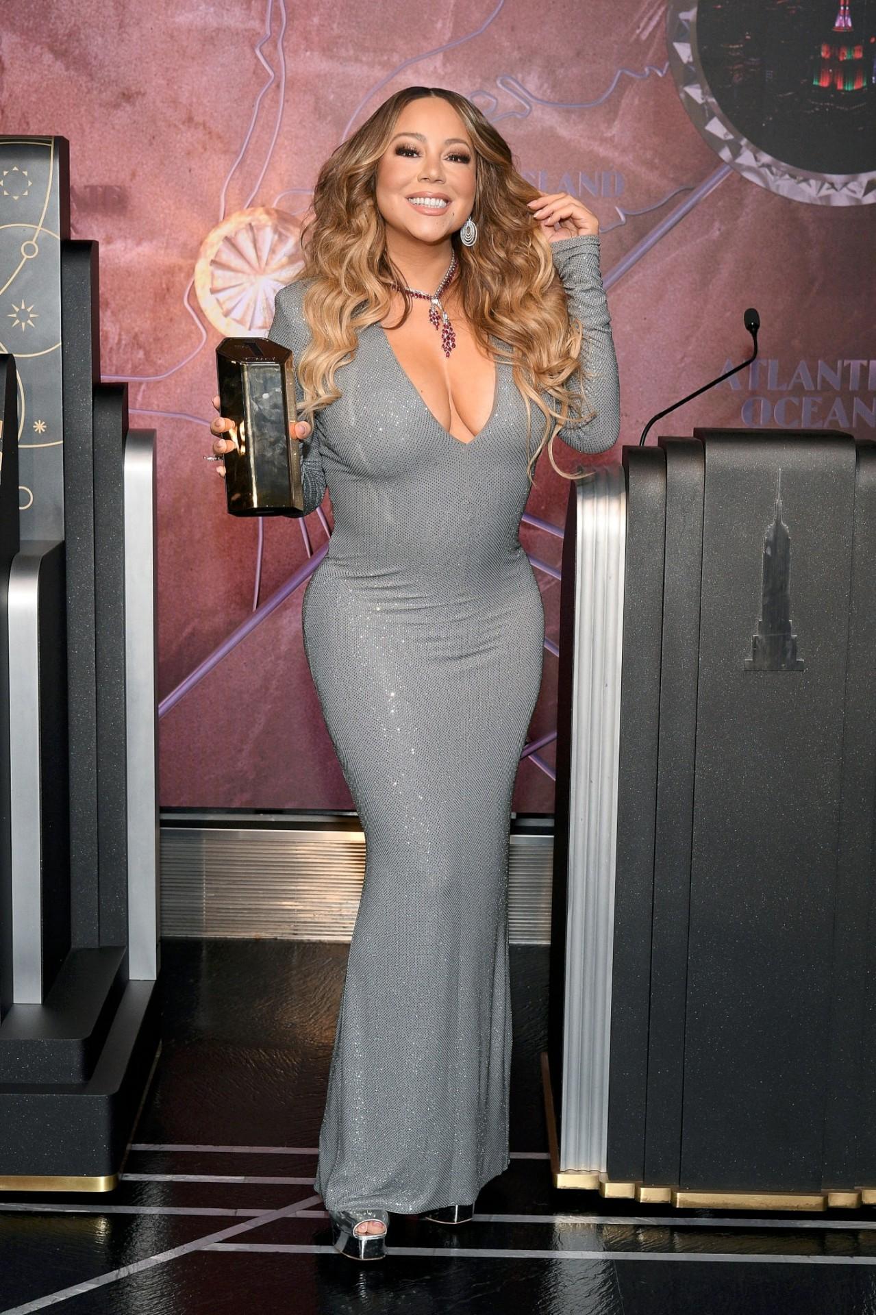 Mariah Carey Sexy Big Boobs   Hot Celebs Home