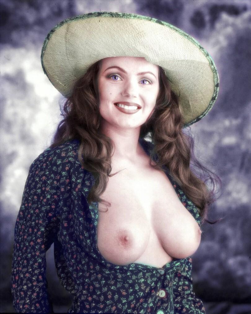 Dailymotion geri halliwell boobs