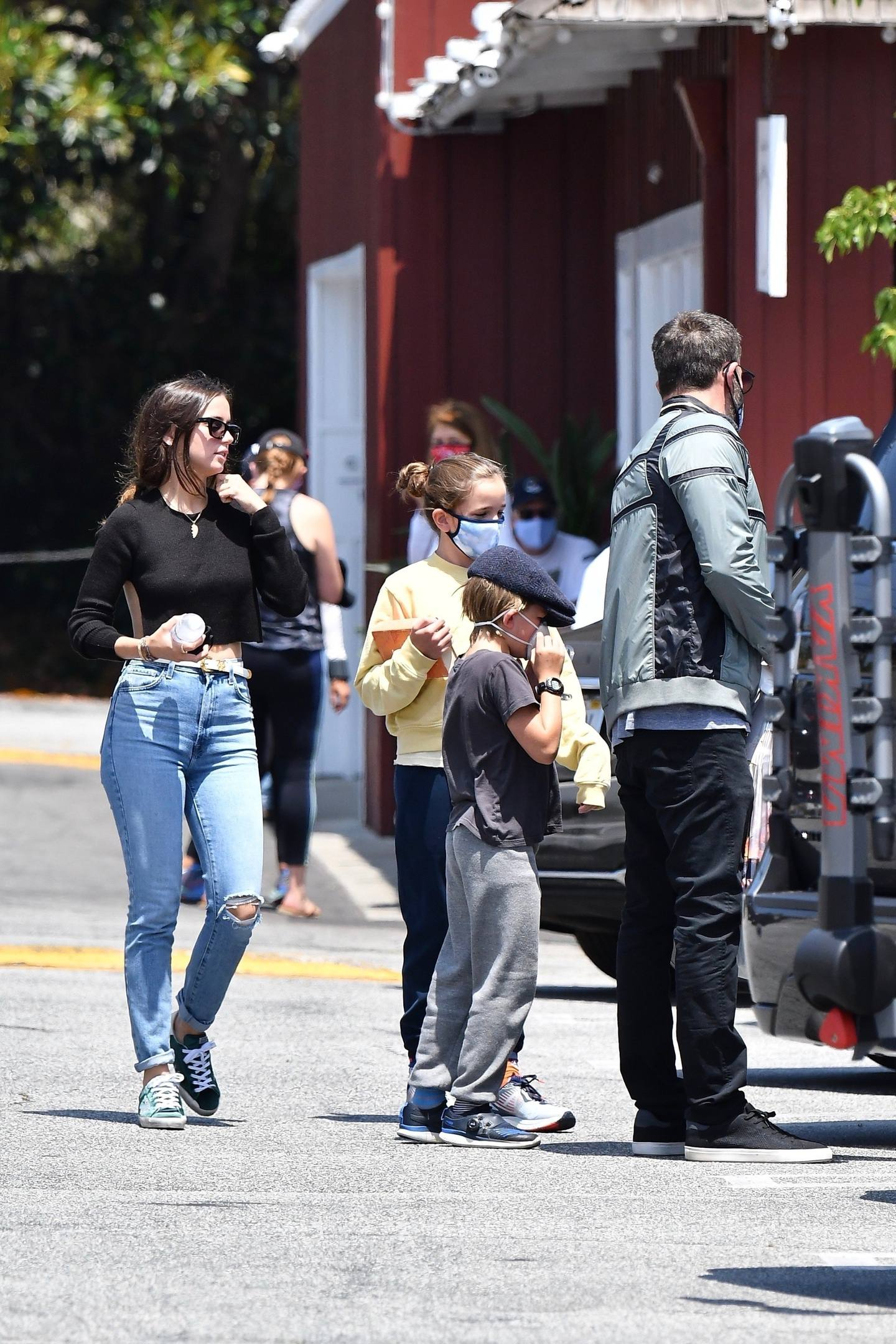 Ana de Armas - Sexy in Jeans at the Brentwood Country Mart