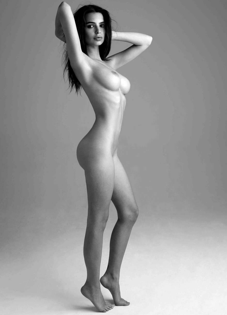 Emily rata nude