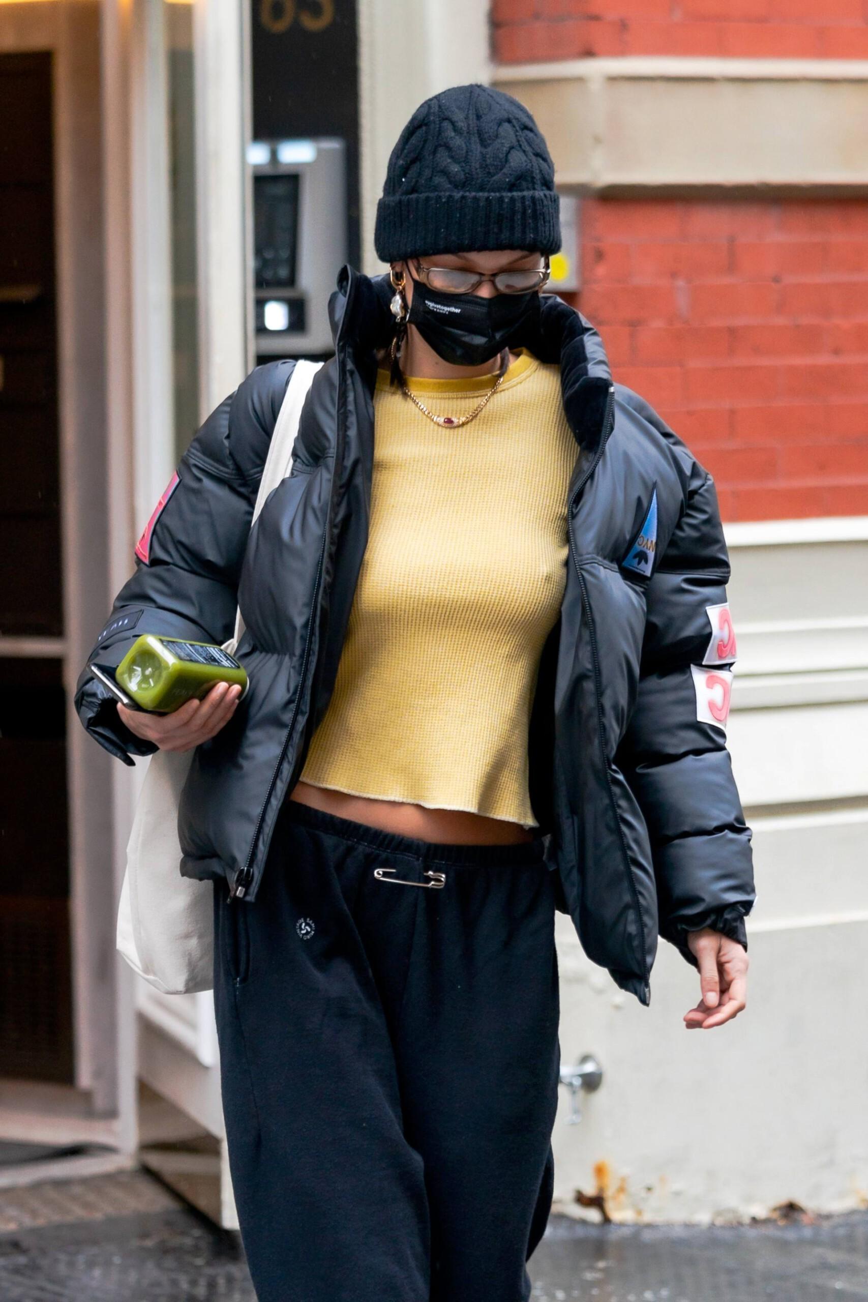 おっぱい丸見え!人気モデル、ベラ・ハディッド(19歳)の透ける私服姿にビックリ仰天! - xnews2 スキャンダラスな光景