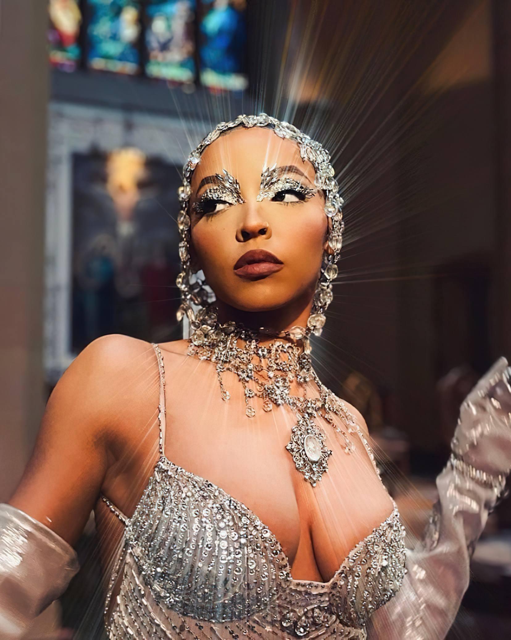 Tinashe Beautiful Boobs | Hot Celebs Home